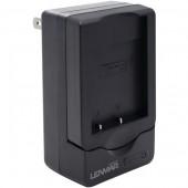 Зарядное (адаптер) для фото- и видео техники Lenmar CWNP60